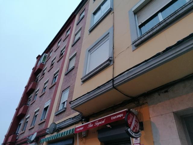 Piso en venta en San Antonio, Palencia, Palencia, Avenida Simon Nieto, 63.000 €, 2 habitaciones, 1 baño, 63 m2