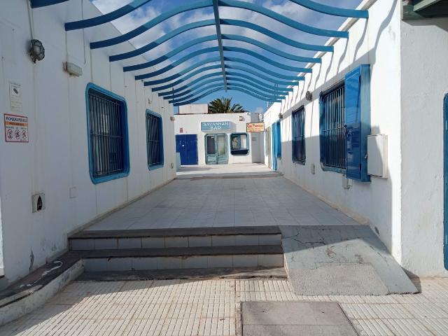 Local en venta en Costa Teguise, Teguise, Las Palmas, Avenida Islas Canarias - Cc Nautical, 41.400 €, 38 m2