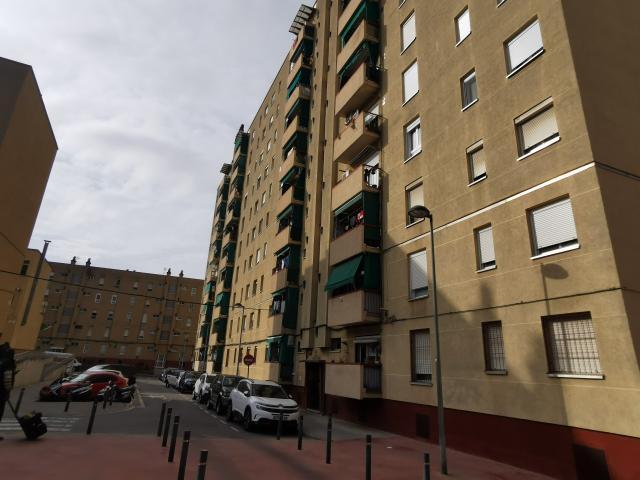 Piso en venta en Sabadell, Barcelona, Calle Calle Torners Dels 8 Grupo Espronceda Norte, 116.400 €, 3 habitaciones, 2 baños, 88 m2