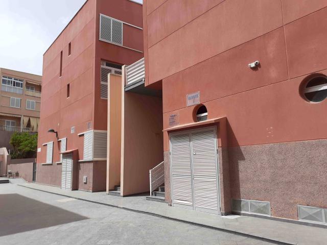 Piso en venta en Barranco de la Torres, Adeje, Santa Cruz de Tenerife, Calle Abinque, 108.900 €, 1 habitación, 1 baño, 76 m2