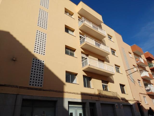 Piso en venta en Sant Feliu de Guíxols, Girona, Calle Castell Daro, 195.000 €, 145 m2