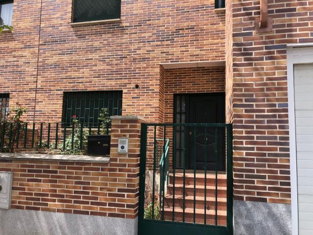 Casa en venta en El Lavadero, Ciempozuelos, Madrid, Calle Guadarrama, 277.000 €, 3 habitaciones, 3 baños, 235 m2