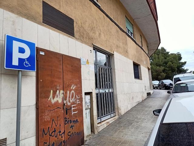 Piso en venta en La Muntanyeta, El Vendrell, Tarragona, Avenida Muntañeta, 63.300 €, 4 habitaciones, 2 baños, 85 m2