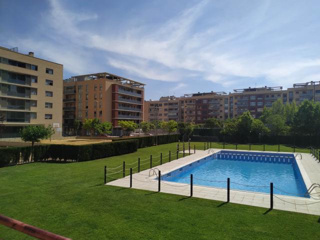 Piso en venta en Miralbueno, Zaragoza, Zaragoza, Calle Ibon de Astun, 253.500 €, 3 habitaciones, 2 baños, 136 m2