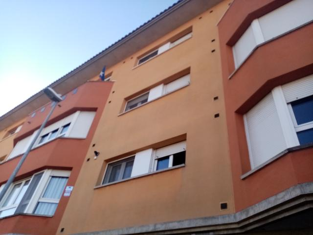 Piso en venta en Vila-seca, Torelló, Barcelona, Plaza de L` Estacio, 167.000 €, 2 habitaciones, 2 baños, 139 m2
