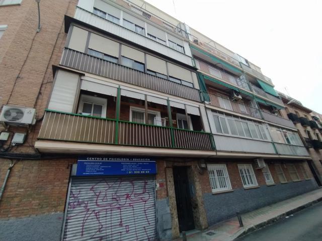 Piso en venta en Madrid, Madrid, Calle Zarzuela, 99.000 €, 2 habitaciones, 1 baño, 56 m2