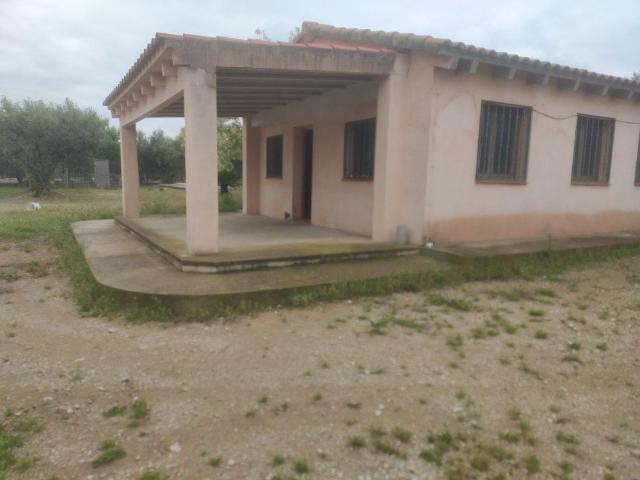 Casa en venta en Urbanitzacio de Parellades, Roquetes, Tarragona, Calle de Les Parellades, 97.800 €, 2 habitaciones, 1 baño, 172 m2
