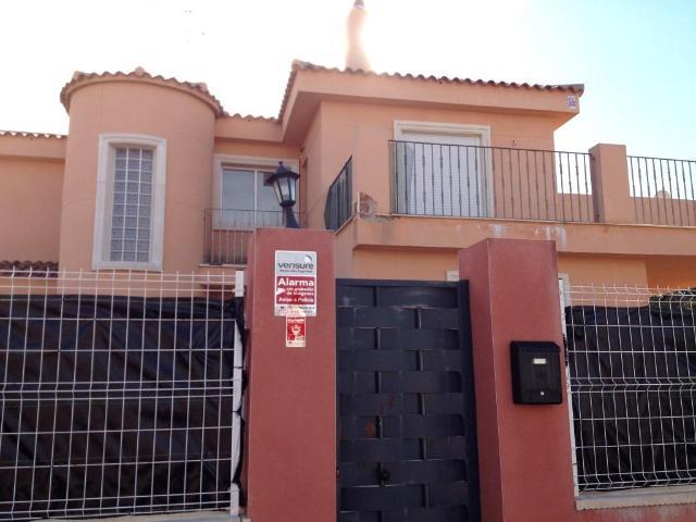 Casa en venta en Montserrat, Valencia, Calle Bala, 160.000 €, 4 habitaciones, 3 baños, 157 m2