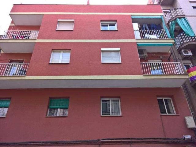 Piso en venta en El Gornal, L` Hospitalet de Llobregat, Barcelona, Calle Blas Fernandez Lirola, 130.000 €, 3 habitaciones, 1 baño, 62 m2