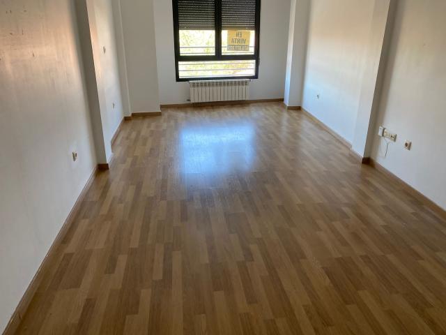 Piso en venta en La Roda, la Roda, Albacete, Calle Zorrilla, 55.000 €, 97 m2