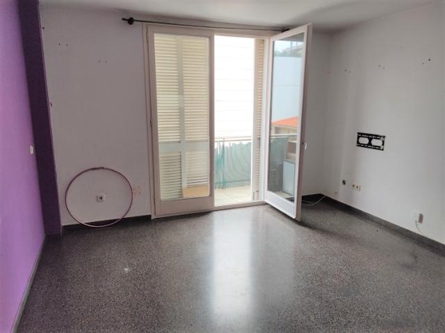 Piso en venta en Santa Eugènia, Girona, Girona, Calle Antoni Rovira Virgili, 117.600 €, 2 habitaciones, 1 baño, 64 m2
