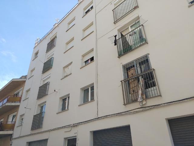 Piso en venta en Salt, Girona, Calle Miguel de Cervantes, 80.000 €, 3 habitaciones, 2 baños, 89 m2
