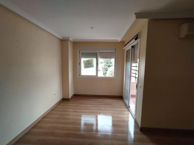 Piso en venta en Villa Blanca, Almería, Almería, Calle Sierra Gredos, 101.100 €, 3 habitaciones, 2 baños, 112 m2