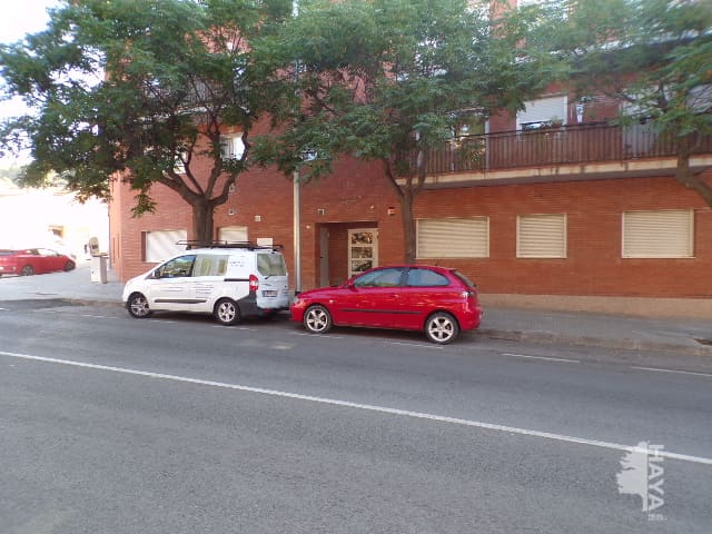 Piso en venta en Sant Vicenç de Castellet, Sant Vicenç de Castellet, Barcelona, Calle Eduardo Peña, 72.300 €, 2 habitaciones, 1 baño, 53 m2