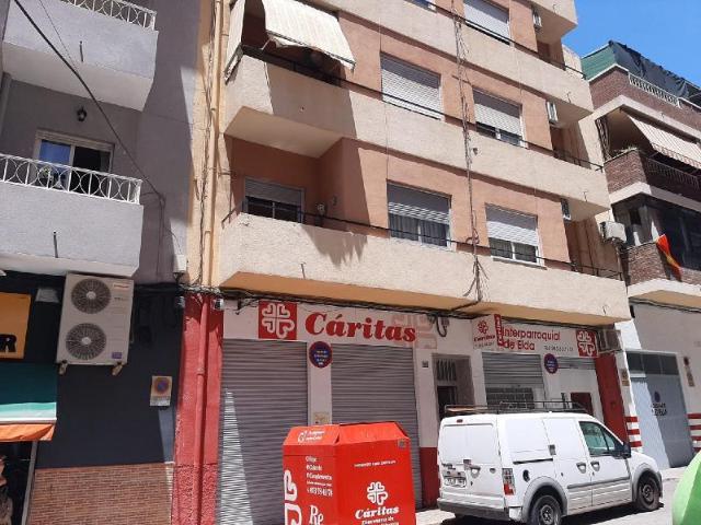 Piso en venta en Elda, Alicante, Calle Carlos Arniches, 32.654 €, 3 habitaciones, 1 baño, 79 m2