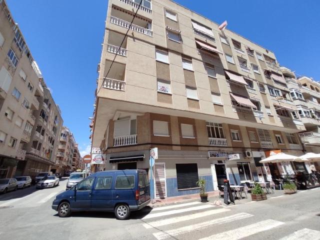 Piso en venta en La Mata, Torrevieja, Alicante, Calle San Pascual, 59.402 €, 2 habitaciones, 3 baños, 56 m2