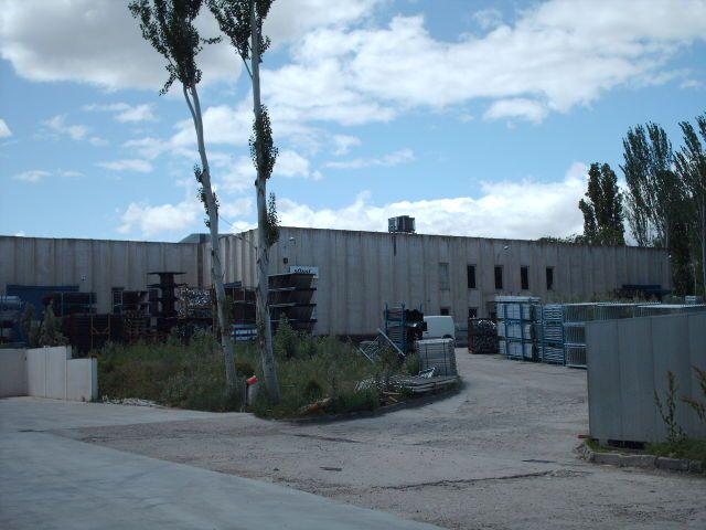 Industrial en venta en Los Frailes, Alcalá de Henares, Madrid, Carretera Daganzo, 2.000.000 €, 4 m2