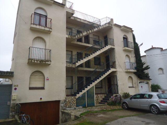 Piso en venta en Empuriabrava, Castelló D`empúries, Girona, Calle Valira, 85.000 €, 1 habitación, 1 baño, 40 m2