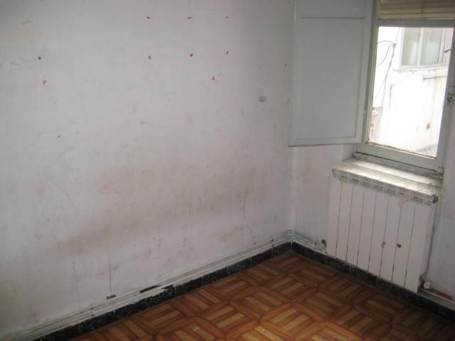 Piso en venta en Valladolid, Valladolid, Calle Caamaño, 31.076 €, 3 habitaciones, 1 baño, 64 m2