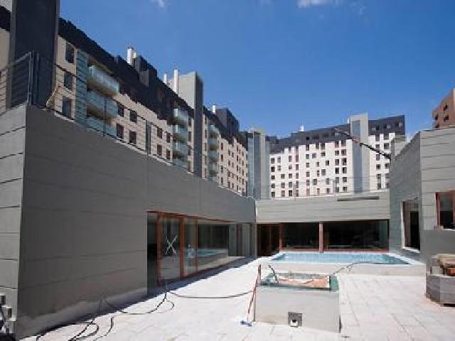 Piso en venta en Figueres, Girona, Calle Migdia, 79.814 €, 2 habitaciones, 4 baños, 92 m2
