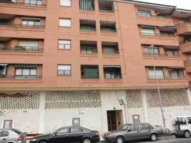 Local en venta en Haro, La Rioja, Calle Castilla, 110.462 €, 549 m2