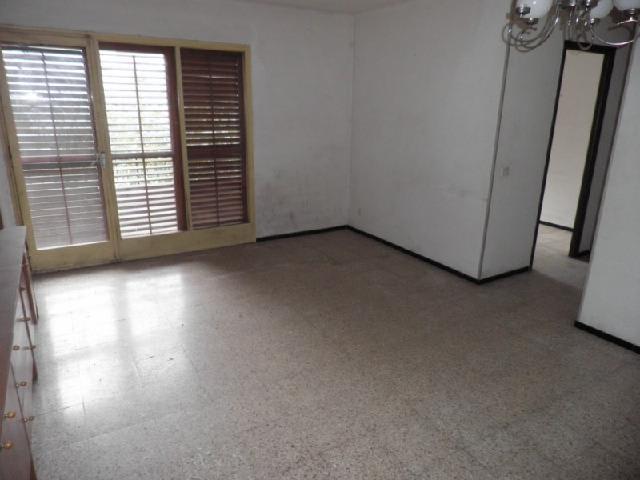 Piso en venta en Salt, Girona, Calle President Francesc Macia, 66.467 €, 4 habitaciones, 2 baños, 93 m2
