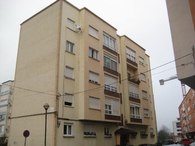 Piso en venta en Somahoz, los Corrales de Buelna, Cantabria, Calle Batalla de Ebro, 31.032 €, 3 habitaciones, 1 baño, 69 m2