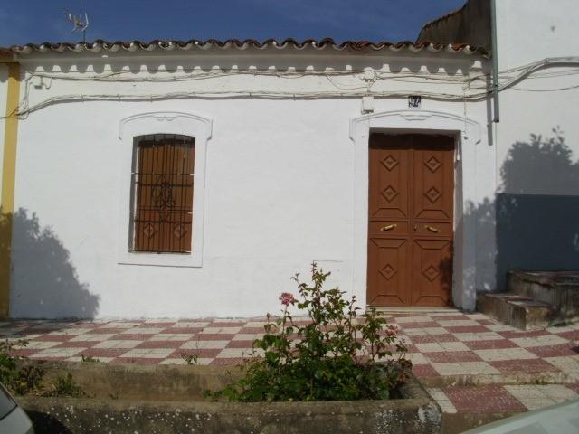 Casa en venta en Alconchel, Badajoz, Calle Angel, 39.000 €, 4 habitaciones, 2 baños, 200 m2