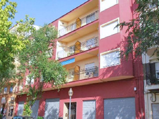 Piso en venta en Ibi, Alicante, Calle Castalla, 55.000 €, 1 habitación, 1 baño, 144 m2
