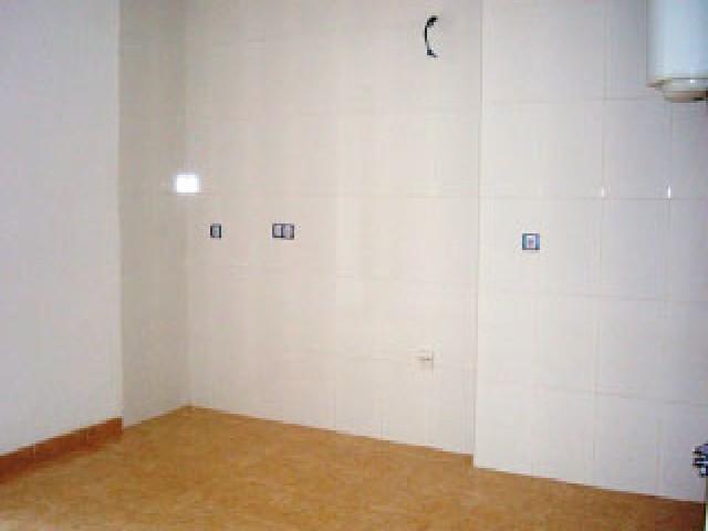 Piso en venta en Piso en Vícar, Almería, 65.000 €, 2 habitaciones, 2 baños, 74 m2