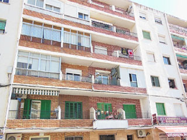 Piso en venta en Pineda de Mar, Barcelona, Avenida Nuestra Señora del Carmen, 64.800 €, 3 habitaciones, 1 baño, 52 m2