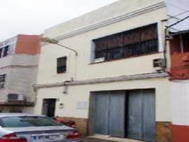 Piso en venta en San García, Algeciras, Cádiz, Calle Hermanos Pinzon, 112.400 €, 3 habitaciones, 2 baños, 140 m2