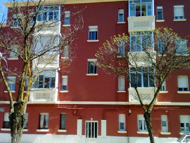 Piso en venta en Venta de Baños, Palencia, Calle Juan Ramon Jimenez, 57.500 €, 3 habitaciones, 1 baño, 68 m2
