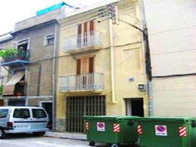 Casa en venta en El Carme, Reus, Tarragona, Calle Alt de Sant Pere, 101.200 €, 3 habitaciones, 1 baño, 154 m2