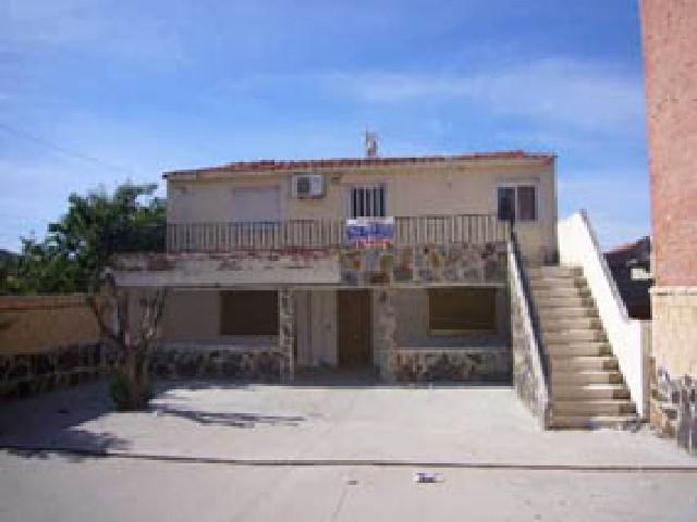 Casa en venta en Las Flores, Valladolid, Valladolid, Calle Hornillos, 129.300 €, 6 habitaciones, 2 baños, 220 m2