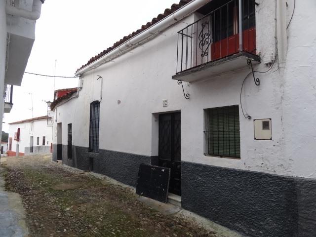 Casa en venta en Jabugo, Huelva, Calle Arriba, 59.000 €, 3 habitaciones, 1 baño, 192 m2