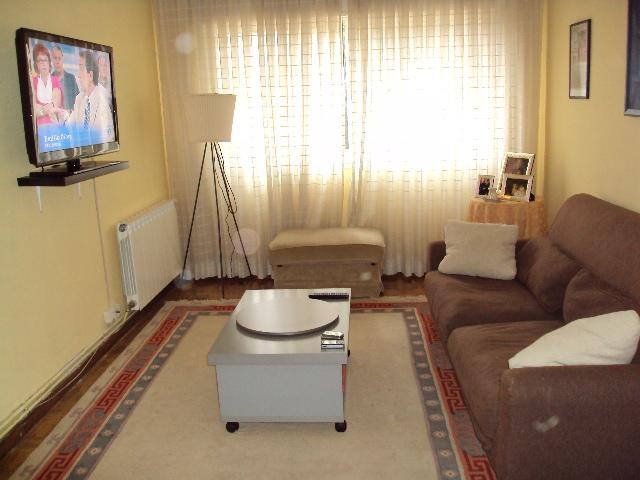 Piso en alquiler en Vigo, Pontevedra, Avenida de Gran Vía, 180 €, 3 habitaciones, 2 baños, 104 m2