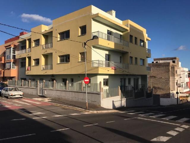 Piso en venta en El Salto, Granadilla de Abona, Santa Cruz de Tenerife, Calle la Vera, 696.200 €, 1 habitación, 1 baño, 95 m2