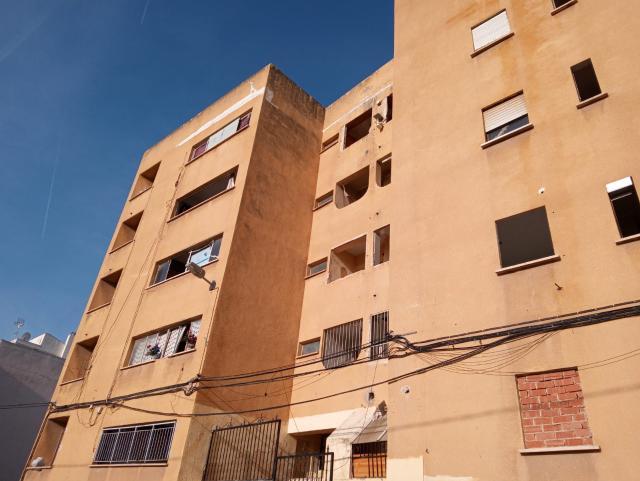 Piso en venta en Lloma Llarga, Paterna, Valencia, Calle San Sebastian, 34.000 €, 3 habitaciones, 1 baño, 101 m2