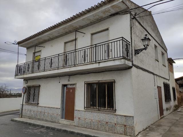 Casa en venta en Las Gabias, Granada, Calle Navas de Tolosa, 129.000 €, 5 habitaciones, 1 baño, 281 m2