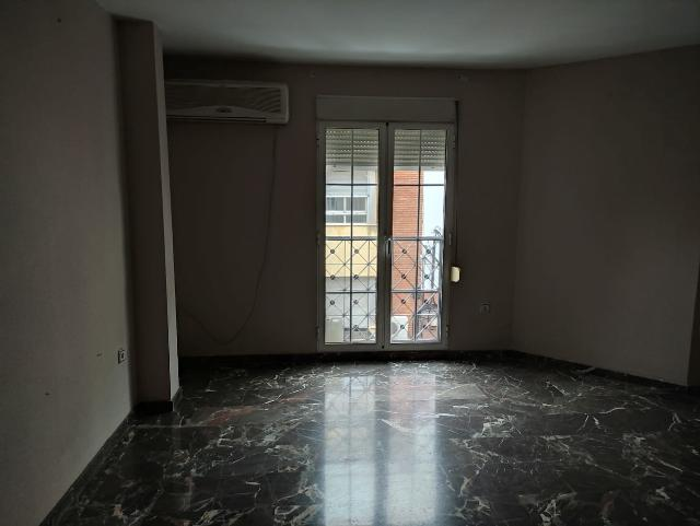 Piso en venta en Martos, Jaén, Calle Juan Ramon Jimenez, 94.000 €, 1 habitación, 1 baño, 117 m2