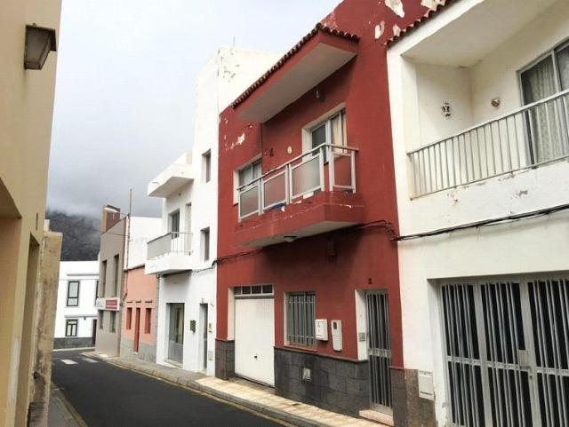 Casa en venta en Casablanca, Buenavista del Norte, Santa Cruz de Tenerife, Calle El Sol, 205.000 €, 3 habitaciones, 2 baños, 260 m2