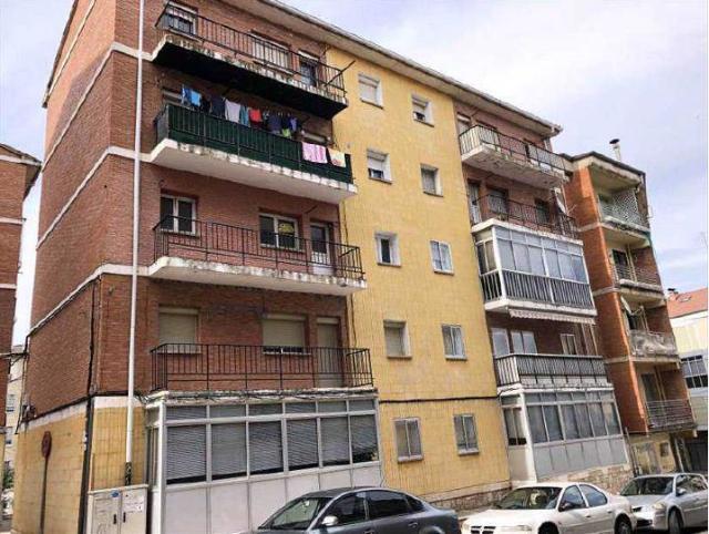 Piso en venta en Briviesca, Burgos, Calle Fray Justo Perez de Urbel, 26.800 €, 3 habitaciones, 1 baño, 84 m2