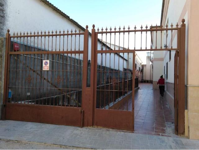Casa en venta en La Lantejuela, la Lantejuela, Sevilla, Plaza Cervantes, 90.000 €, 4 habitaciones, 2 baños, 141 m2