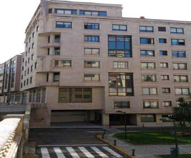 Local en venta en Castrelos, Pontevedra, Pontevedra, Plaza Escultor Xoan Piñeiro, 57.000 €, 68 m2