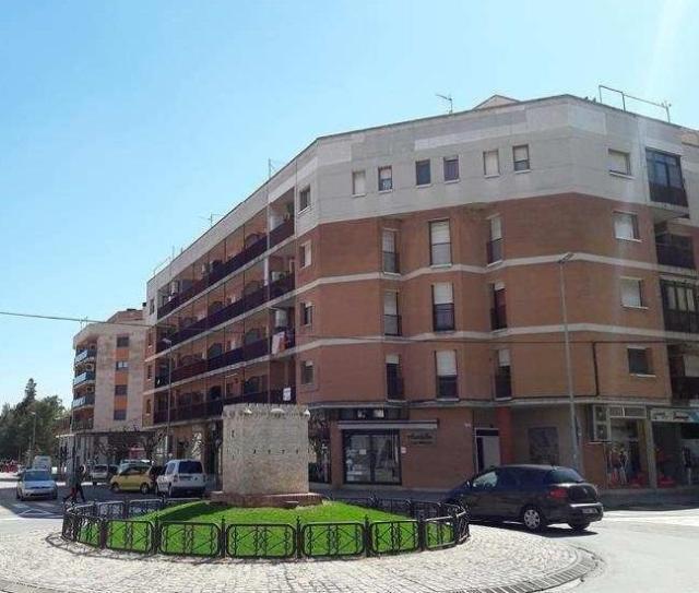 Piso en venta en Amposta, Tarragona, Calle Sebastian Joan Arbo, 48.000 €, 2 habitaciones, 1 baño, 60 m2