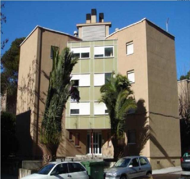 Piso en venta en Terrassa, Barcelona, Calle la Mola, 61.000 €, 3 habitaciones, 1 baño, 60 m2