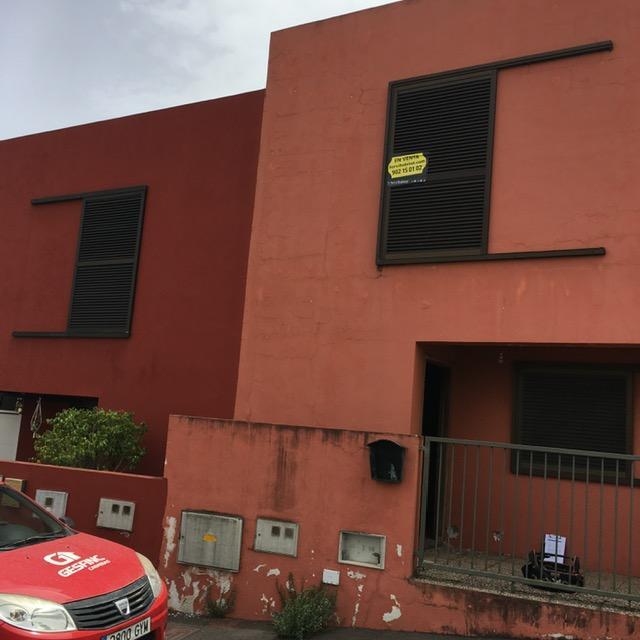 Casa en venta en El Sauzal, Santa Cruz de Tenerife, Calle El Pino, 130.000 €, 3 habitaciones, 3 baños, 88 m2