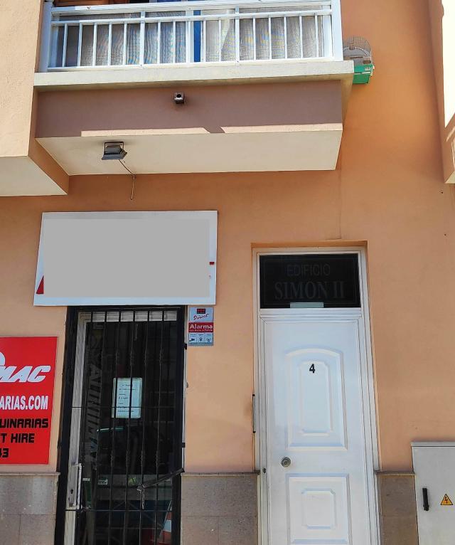 Piso en venta en Granadilla de Abona, Santa Cruz de Tenerife, Avenida Santa Cruz, 92.800 €, 2 habitaciones, 2 baños, 75 m2
