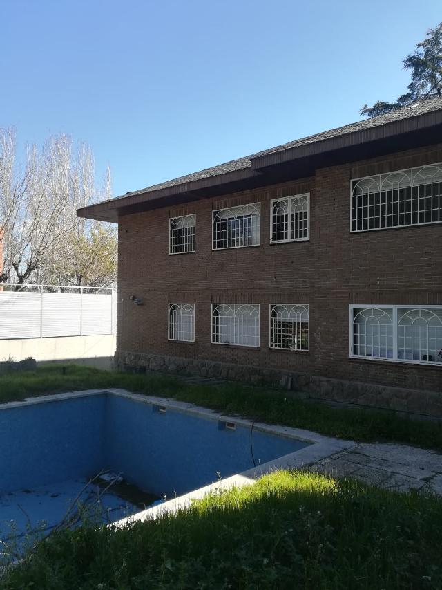 Casa en venta en Boadilla del Monte, Madrid, Calle Monte Jabalon, 600.000 €, 5 habitaciones, 4 baños, 292 m2